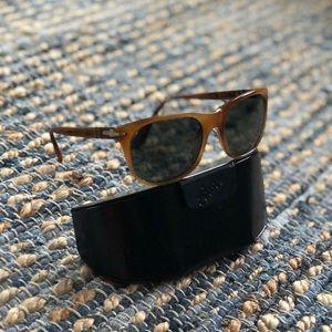 Persol Polarized Sunglasses 🕶 ☀️